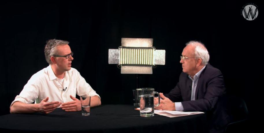 Politieke industrie helpt de democratie catastrofaal om zeep; Pim van Galen en Chris Aalberts