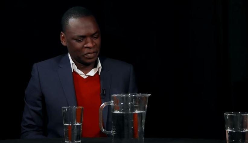 """""""Democratie kan je niet eten"""" (Serie Afrika); Dieuwertje Kuipers en Alphonse Muambi"""