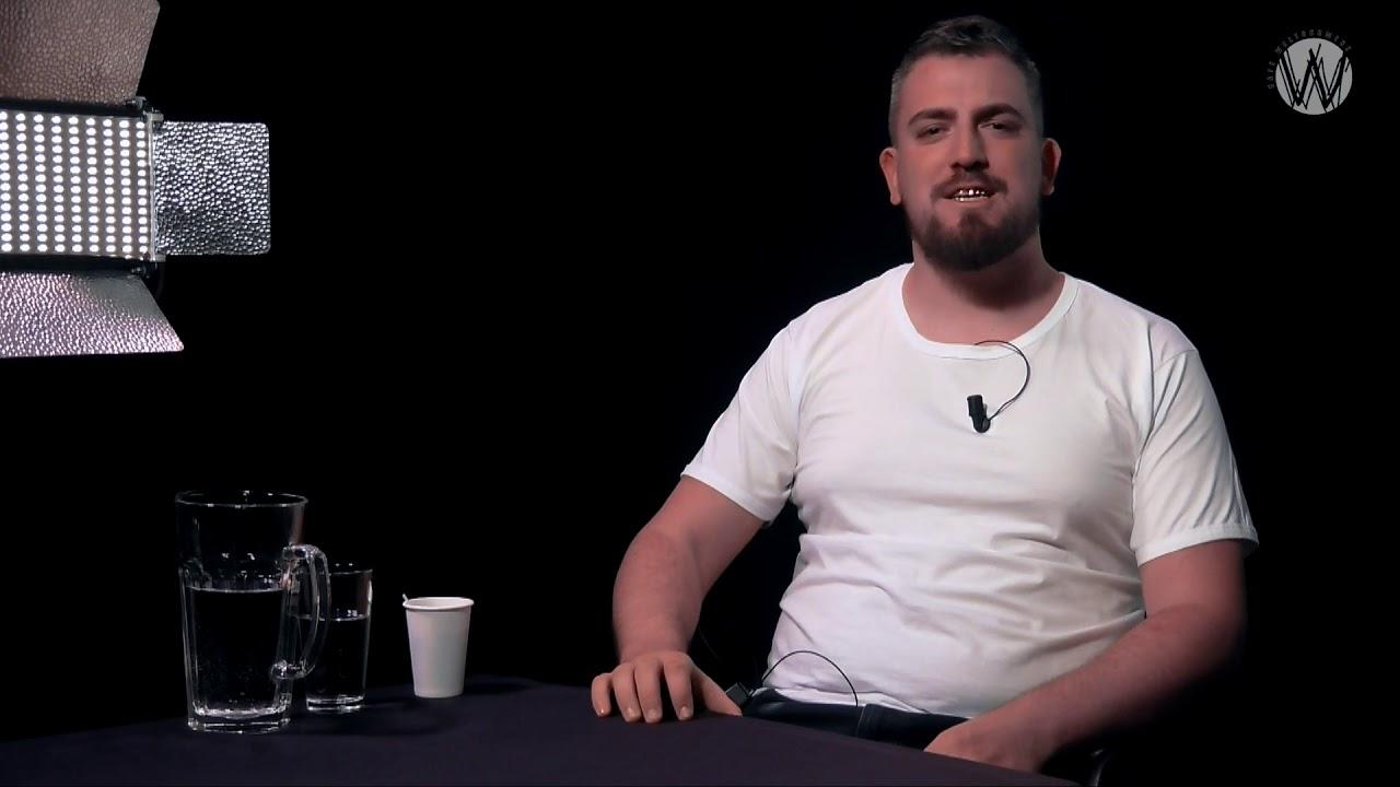 'Geef mijn homoportie maar aan Fikkie.'; Vlog Dennis Honing
