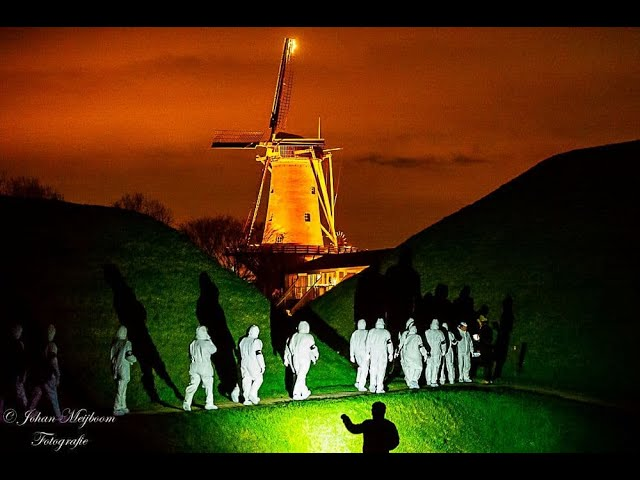 Dutch Guerilla Mask Force | Witte Pakken Mars